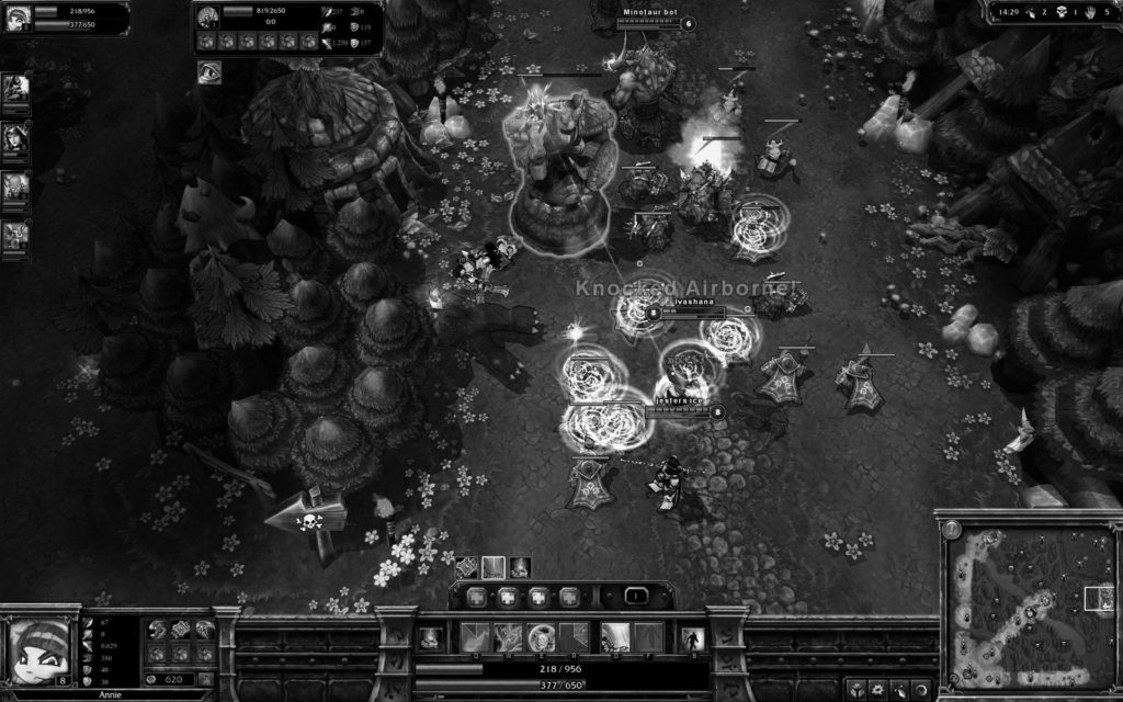 407353-league-of-legends-windows-screenshot-attacking-and-destroying